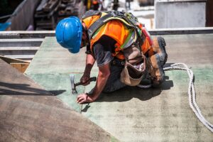 Construction worker outside - heat safety - Worksite Medical